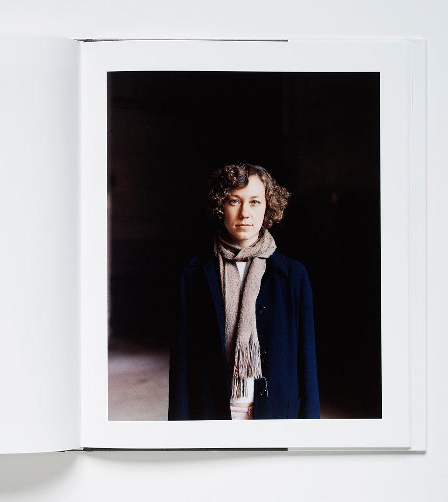 Bethany Izard Lodz 2004 (Snoeck Portraits 2007)