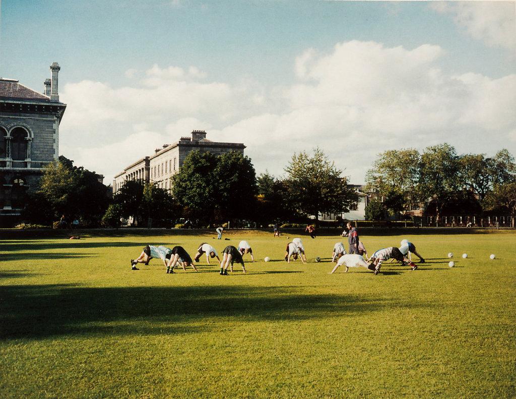 Postcardbook Tropen 2000 Trinity College